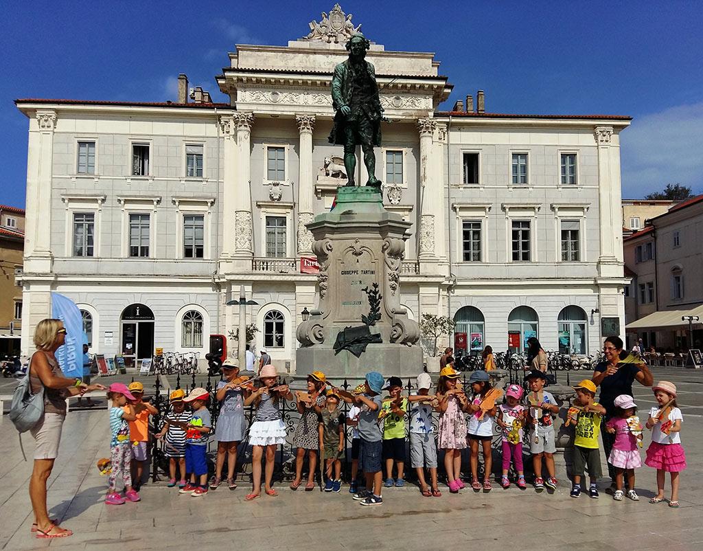 1. Nacionalni  UNESCO ASPnet projekt : Naš kraj - njegova kulturna in naravna dediščina